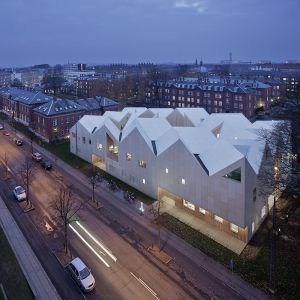 Healthcarecentre for Cancer Paiente - Nord Architects